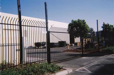 United Fence and Iron Wrought Iron Steel Fence Contractors Builders Vinyl Chain Link Aluminum Iron Fence Custom Made Gate Installations Swimming Pool Fencing In Near Chino Hills CA 91709, City Of Industry CA 91744, Claremont CA 91711, Covina CA 91723, Ontario CA 91762, Pomona CA 91766, Rancho Cucamonga CA 91730,